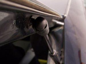 Cómo cambiar los amortiguadores de portón